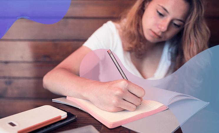 Escrever à mão fortalece o cérebro e estimula o aprendizado